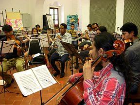 Ensayo-de-la-orquesta-39-de-abril-4
